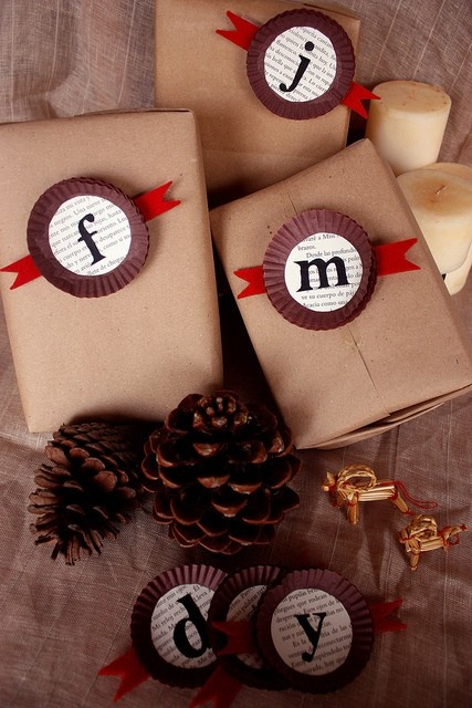 Monogrammed Doily gift wrapping idea