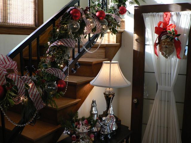 Staircase Design Idea for Christmas